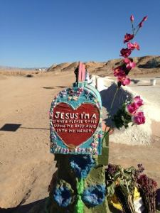 salvation mountain mailbox